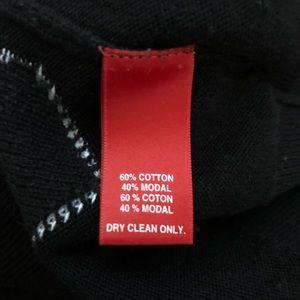 Saks Fifth Avenue Sweaters - Saks Fifth Avenue Women's Black Sweater w/ Hearts